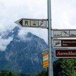 Signpost in Meiringen
