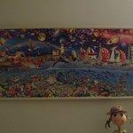 Картина в холле