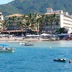 Playa Los Arcos Hotel and beach