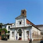 Facciata di San Giovanni e Santa Reparata a Lucca