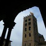 Torre desde el claustro