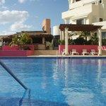 pool and beach restaurant/bar