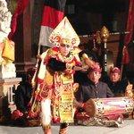 大迫力の踊り手/グヌンサリ3