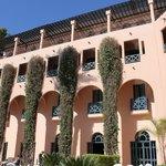 Hotellet från innergården