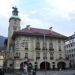 Il Municipio di Bolzano che domina l'omonima Piazza