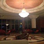 Холл третьего корпуса, бесплатный ресторан