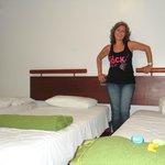 Nosso quarto com 3 camas