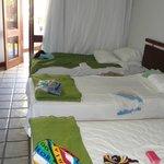 Nossas camas e a porta da varandinha