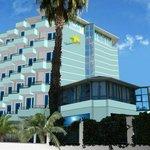 La Vella Hotel