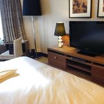 和港島海逸君綽價位接近的飯店,無論房間大小、風景、裝潢都不如海逸