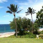 Overlook to Wailea Beach from parking lot