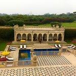 Piscine et terrasses