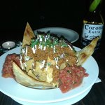 Nachos with meat, small portion