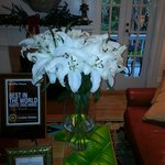 Fresh Flowers .....delivered weekly....are visible throughout the Inn....add a sumptuous feeling