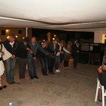 греческий вечер в баре у бассейна