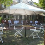 garden/restaurant area