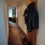 family room (corridor)