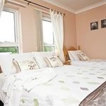 Family Room 1x Double Bed 1x Single Bed