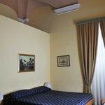 Albergo Mediterraneo bedroom