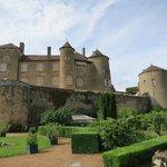 chateau-de-berze