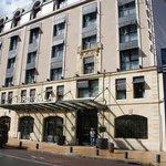 центральный вход отеля
