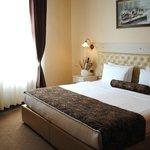爾格萊德市酒店