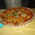Pizza regina margherita doppia mozzarella!!!