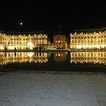 Bordeaux: Quelle belle ville où il fait bon marcher.