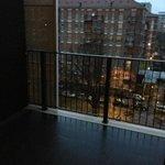 Огромный балкон