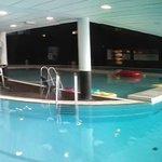 100m lap pool!!