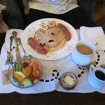 very simple breakfast