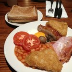 a hearty full english at the thistle