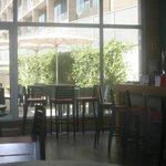 Espace bar/terrasse/informatique/accueil