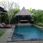 1 Bed Villa Pool