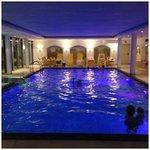 la piscina lato coperto