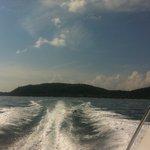 Vi lämnar Coral Island