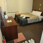 なかなか快適な部屋(バスルームを除く)
