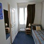 Одноместный номер на 2 этаже основного здания // Single room on the 2st floor