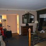 Tv LCD e quarto espaçoso