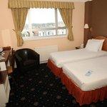 Photo de Stade Court Hotel