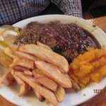 Meatloaf Dinner w/Squash & Fries