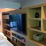 Mallard Lounge TV & Bose