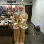 Santa at avaas