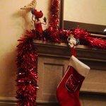 Рождественские декорации в холле