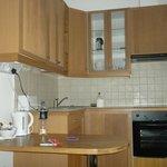 Cocina completa del apartamento 2 personas