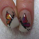 Nail Art decorato a mano con micropittura
