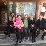 Foto finale: Marinella e Stefano Catrani & C.  con Marcello e Norina, i due grandi CHEF del Rist