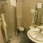 Bathroom (double room n.604)