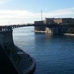 Il Ponte Girevole visto dal Corso Due Mari