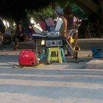 阿公阿嬤組 ,街頭藝人演出精采。